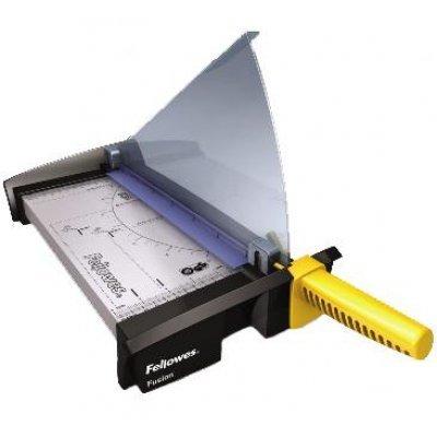 Резак сабельный Fellowes Fusion A4 (FS-5410801) (FS-5410801)Резаки для бумаги Fellowes<br>Резак сабельный SafeCut&amp;#8482; Fellowes Fusion A4 идеален для частого использования дома или в малом офисе. Длина реза 320мм, стопа 1мм (10 листов 80гр/м2). Запатентованный SafeCut&amp;#8482; защитный экран предотвращает вероятность прикосновения пользователя к ножу резака во время работы. Защитный экра ...<br>