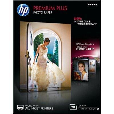 Фотобумага HP НР CR676A Глянцевая высшего качества, 20 листов, 13 x 18 см (CR676A)Фотобумага HP<br>HP CR676A - это фотобумага для высококачественной печати. Глянцевое покрытие поверхности обеспечивает насыщенные цвета, мгновенное высыхание чернил, долговечность отпечатков. Она рекомендуется для профессиональных дизайнеров, фотографов, художников. Фотобумага совместима как с пигментными чернилами, ...<br>
