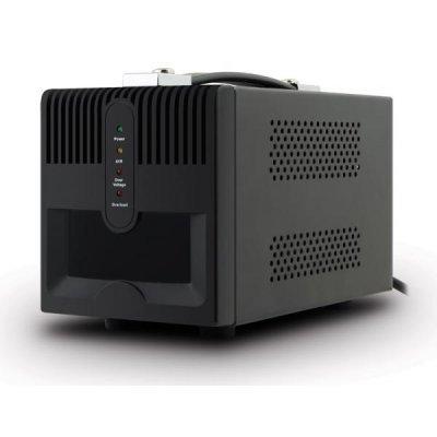 Стабилизатор напряжения Ippon AVR-2000 (9003-3005-00P)Стабилизаторы напряжения Ippon<br>Стабилизатор напряжения IPPON AVR предназначен для защиты компьютерной техники, аудио и видео аппаратуры, бытовых электроприборов от нестабильной подачи электроэнергии и сбоев в сети. Суммарная потребляемая мощность подключенной нагрузки не должна превосходить 2000 ВА/1200 Вт.<br>