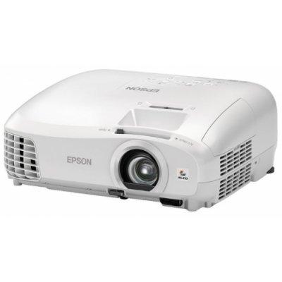 Проектор Epson EH-TW5300 (V11H707040)Проекторы Epson<br>портативный широкоформатный проектор<br>технология LCD x3<br>поддержка 3D<br>поддержка HDTV<br>разрешение 1920x1080 (Full HD)<br>световой поток 2200 лм<br>контрастность 35000:1<br>подключение по VGA (DSub), HDMI<br>вывод изображения с USB-флэшек<br>вес 2.9 кг<br>