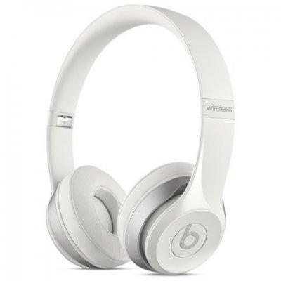 Bluetooth-гарнитура Beats Solo 2 WL 1.361м белый (MHNH2ZE/A)Bluetooth-гарнитуры Beats<br>Гарнитура накладные Beats Solo 2 WL 1.361м белый беспроводные bluetooth (оголовье)<br>