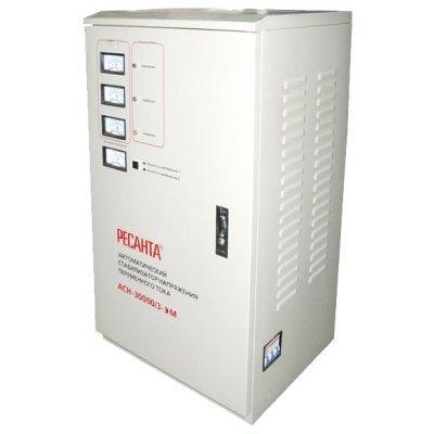 Стабилизатор Ресанта ACH-30000/3-ЭМ (63/4/7)Стабилизаторы Ресанта<br>трехфазный электромеханический стабилизатор напряжения<br>мощность 30000 Вт<br>входное напряжение 140-260 В<br>выходное напряжение 216-224 В<br>скорость стабилизации 10 В/с<br>точность стабилизации 2%<br>напольное размещение<br>