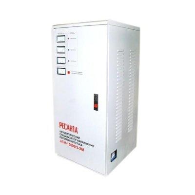 Стабилизатор Ресанта АСН-15000/3-ЭМ (63/4/5)Стабилизаторы Ресанта<br>Стабилизатор мощность 15000 Вт; вх/вых напряжение 139-249 В/216-224 В; точность стабилизации<br>