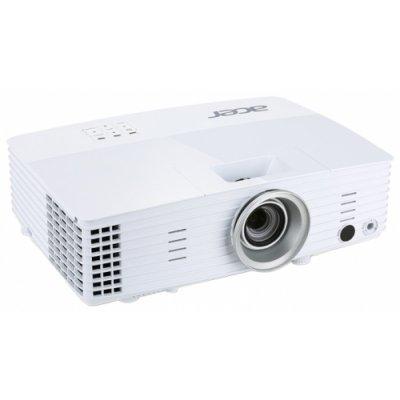 Проектор Acer H5383BD (MR.JMN11.00F)Проекторы Acer<br>портативный широкоформатный проектор<br>технология DLP<br>поддержка 3D<br>поддержка HDTV<br>разрешение 1280x720<br>световой поток 3400 лм<br>контрастность 20000:1<br>подключение по VGA (DSub), HDMI<br>вывод изображения с USB-флэшек<br>вес 2.4 кг<br>