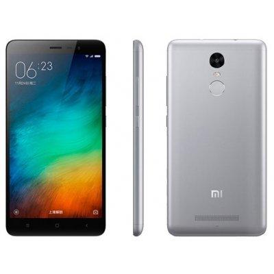 Смартфон Xiaomi Redmi Note 3 Pro 16Gb серебристый (Redmi Note 3 Pro 16Gb Silver)Смартфоны Xiaomi<br>смартфон, Android 5.1<br>поддержка двух SIM-карт<br>экран 5.5, разрешение 1920x1080<br>камера 16 МП, автофокус<br>память 16 Гб, слот для карты памяти<br>3G, 4G LTE, LTE-A, Wi-Fi, Bluetooth, GPS, ГЛОНАСС<br>объем оперативной памяти 2 Гб<br>аккумулятор 4050 мА/ч<br>вес 164 г, ШxВxТ 76x150x8.65 мм<br>