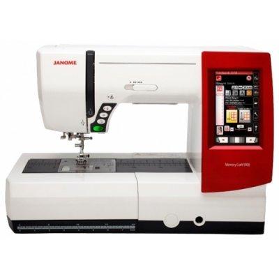 Швейная машина Janome Memory Craft 9900 белый/красный (CRAFT 9900)Швейные машины Janome<br>швейная машина<br>компьютерное управление<br>горизонтальный челнок<br>вышивальный блок в комплекте<br>подключение к компьютеру<br>количество операций: 619<br>стабилизатор усилия прокола<br>регулировка давления лапки на ткань<br>автоматическая обработка петли<br>обметочная строчка, потайная строчка, эластичная строчка, эластич ...<br>
