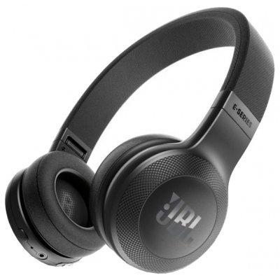 Bluetooth-гарнитура JBL E45BT черный (JBLE45BTBLK)Bluetooth-гарнитуры JBL<br>Bluetooth-наушники с микрофоном<br>накладные<br>время работы 16 ч<br>импеданс 32 Ом<br>разъем mini jack 3.5 mm<br>складная конструкция<br>