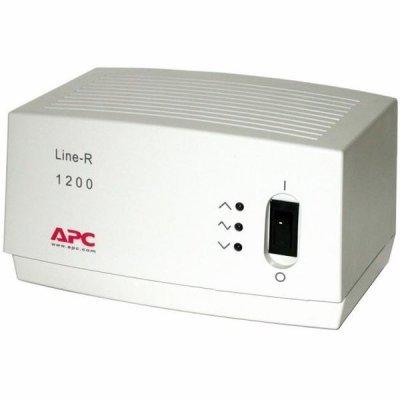 Стабилизатор напряжения APC Line-R 1200VA 230V (LE1200I) (LE1200I)Стабилизаторы напряжения APC<br>1200W, Диапазон входного напряжения при работе от сети: 160-270 В, 4 выхода (для UPC)<br>