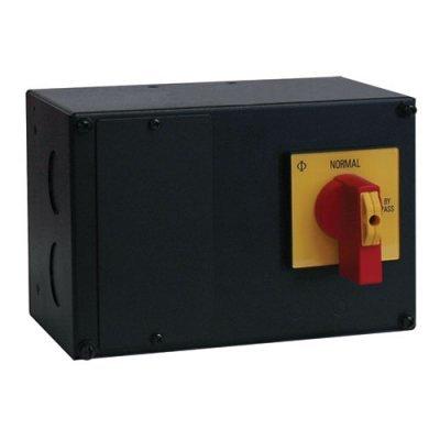 Блок распределения питания (PDU) Tpipp Lite SUPDMB710HW (SUPDMB710HW)Блоки распределения питания (PDU) Tripp Lite<br>Панель входного/выходного подключения для SU8000 and SU10000 с ручным байпасом.<br>