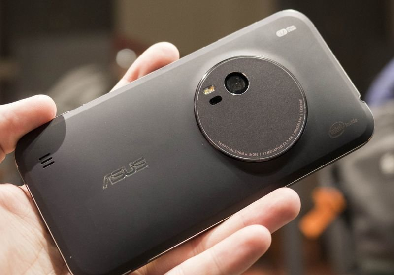 asus-zenfone-zoom-back
